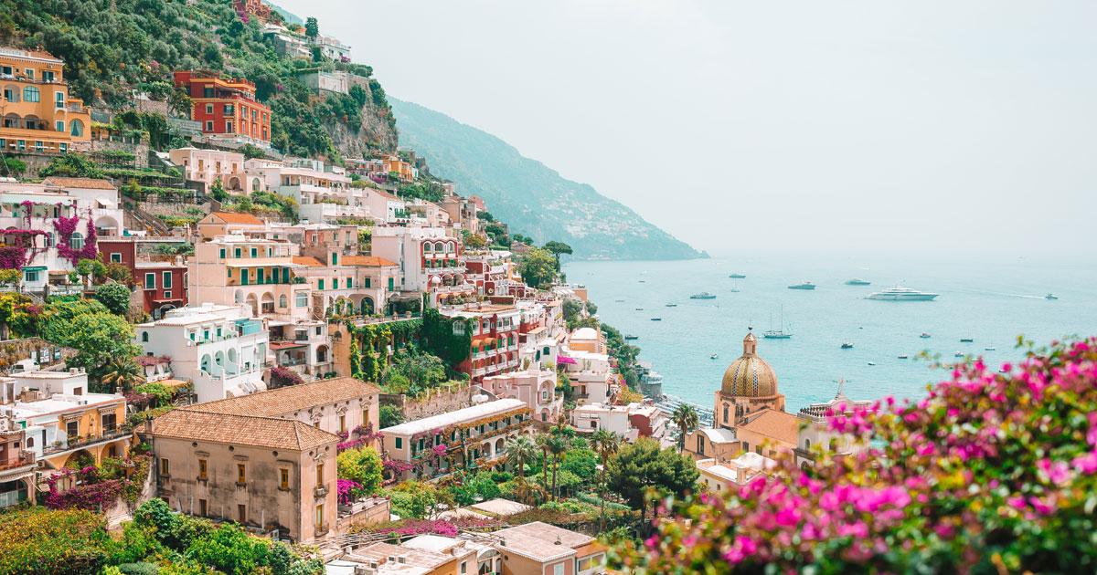 Accessibility Guide of the beautiful Amalfi Coast, Herculaneum, and Pompeii Hero