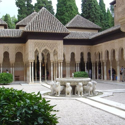 Accessible Alhambra lions courtyard
