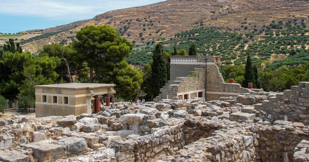 Accessible Knossos and Iraklion hero