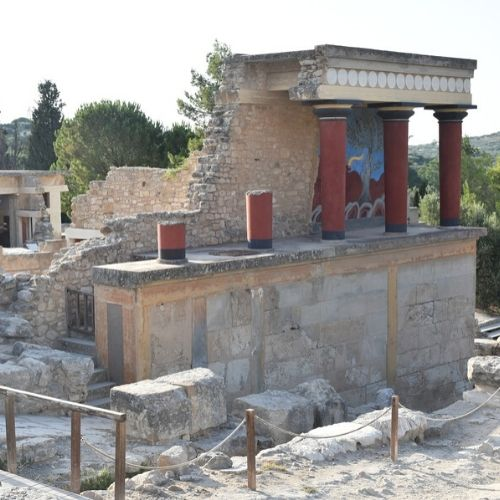 Accessible Knossos and Iraklion - knossos