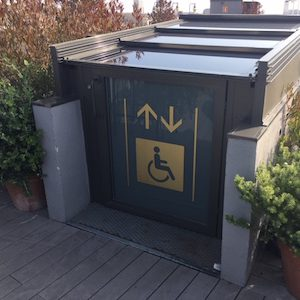 Accessible elevator to roofterrace hotel