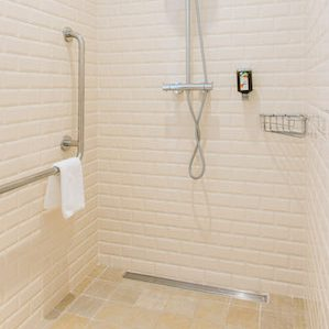 Accessible shower_hotel Cadaqués_Spain