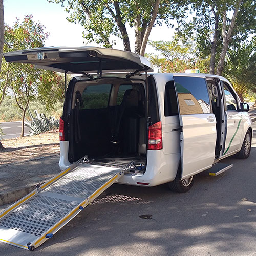 Adapted vehicle Granada