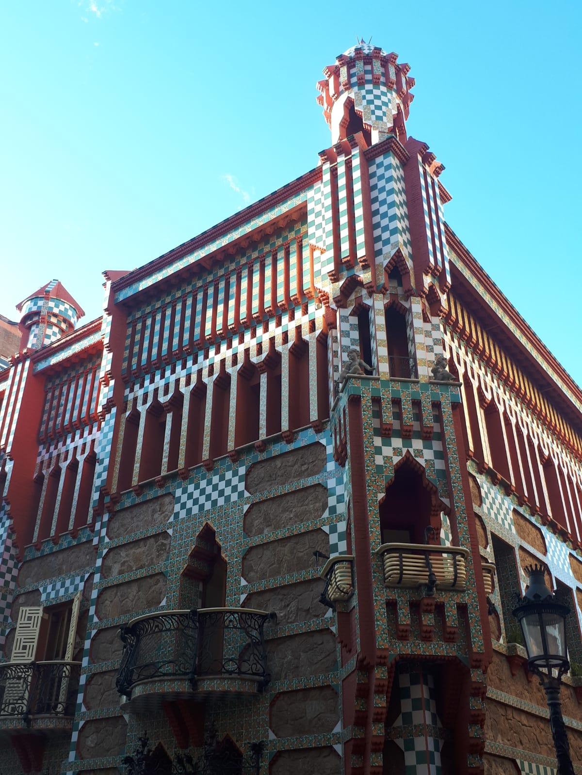 Casa Vicens Front