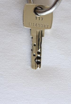 Euro key back