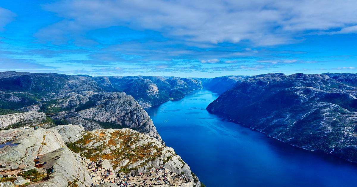 Fjord cruise Hero image