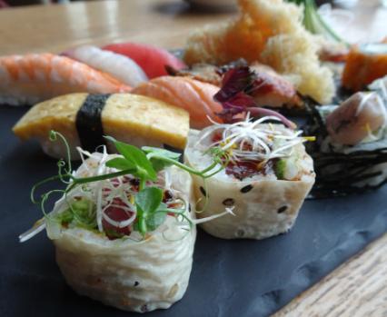 MOJO Japenese kitchen sushi