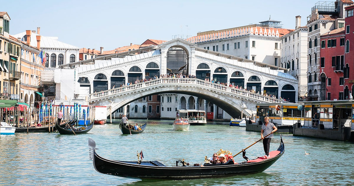 Rialto market and Frari Church Venice Hero