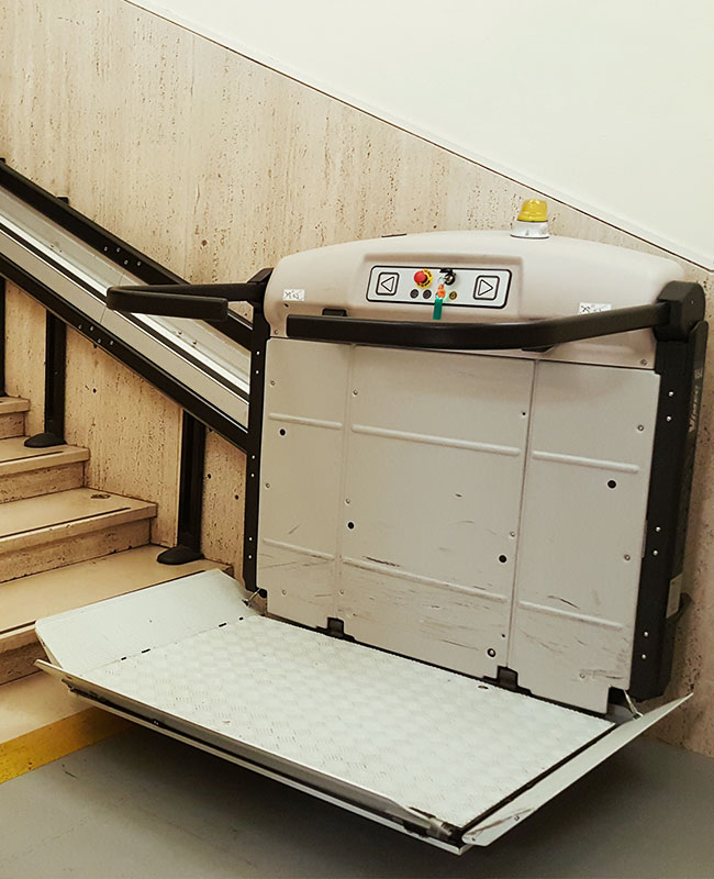 Sistine Chapel Wheelchair Lift Without person2