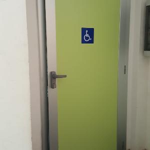 door accessible toilet Colosseum
