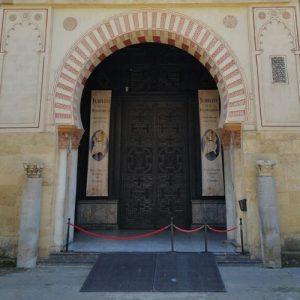 mezquita door with ramp