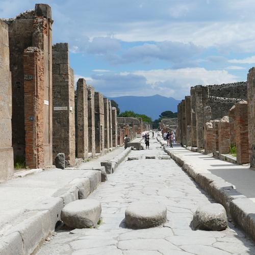 path in pompeii