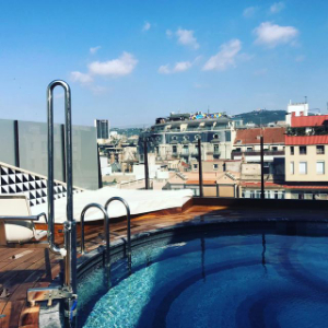 rooftop pool with hoist