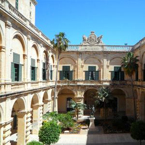 valetta grand masters palace